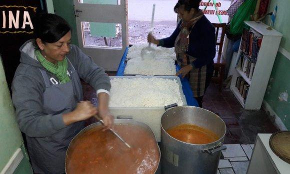 Por los tarifazos y la falta de alimentos, cerraron comedores y merenderos