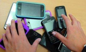 Bloqueo de celulares: extendieron el plazo para registrar las líneas prepagas