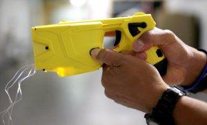 En la Provincia, el Grupo Halcón usará las polémicas pistolas Taser