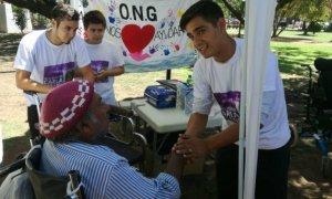 """La ONG """"Ayudemos a Ayudar"""" empieza a colaborar con donaciones para vecinos necesitados"""