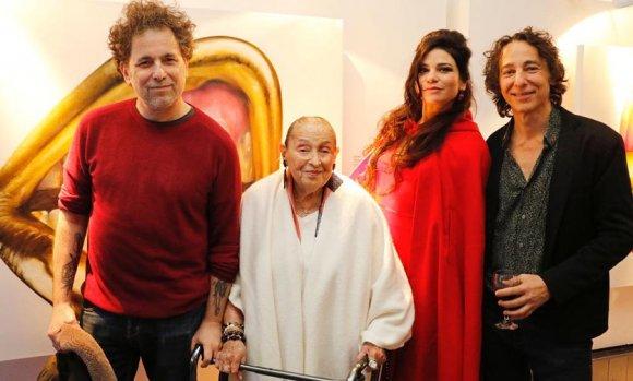 Los hermanos Calamaro, presentes en la inauguración de una muestra de arte