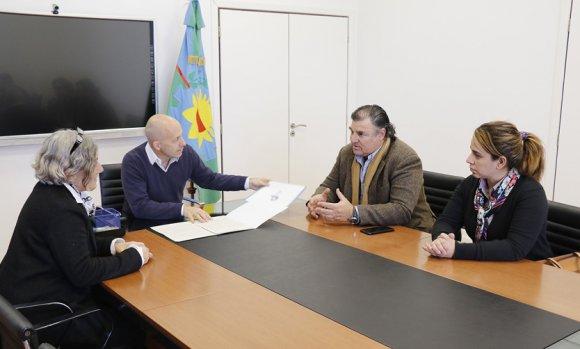 El Municipio firmó un acuerdo con la Clínica Fátima para la realización de resonancias