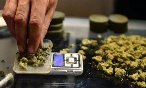 Detienen a seis personas que vendían droga en la colectora de la Panamericana