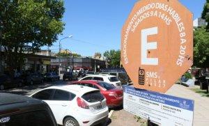 Por la crisis, comerciantes piden que se limite el cobro del estacionamiento medido