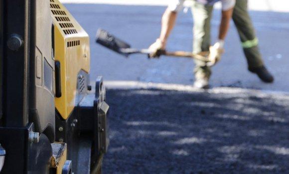 El Ejecutivo espera que la Justicia destrabe el crédito para asfaltos