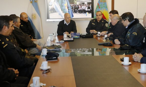 Seguridad: Ducoté reunió a las autoridades de distintas fuerzas policiales