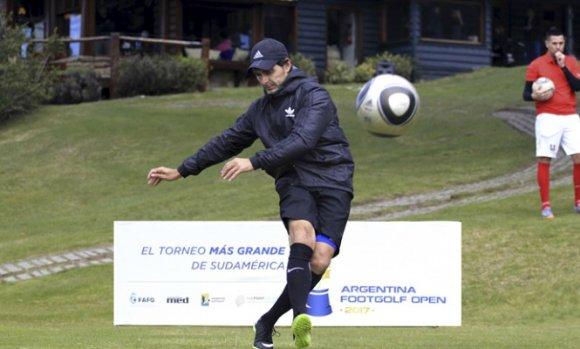 Roberto Ayala dictará una clínica de FootGolf en Pilar