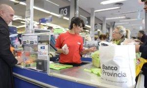 Descuentos con el Banco Provincia: se incorporan Carrefour y Día