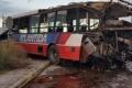 VIDEO: Un colectivo de la línea 57 cruzó con las barreras bajas y fue embestido por el tren