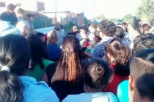 Vecinos de un barrio rechazan la instalación de una planta cloacal